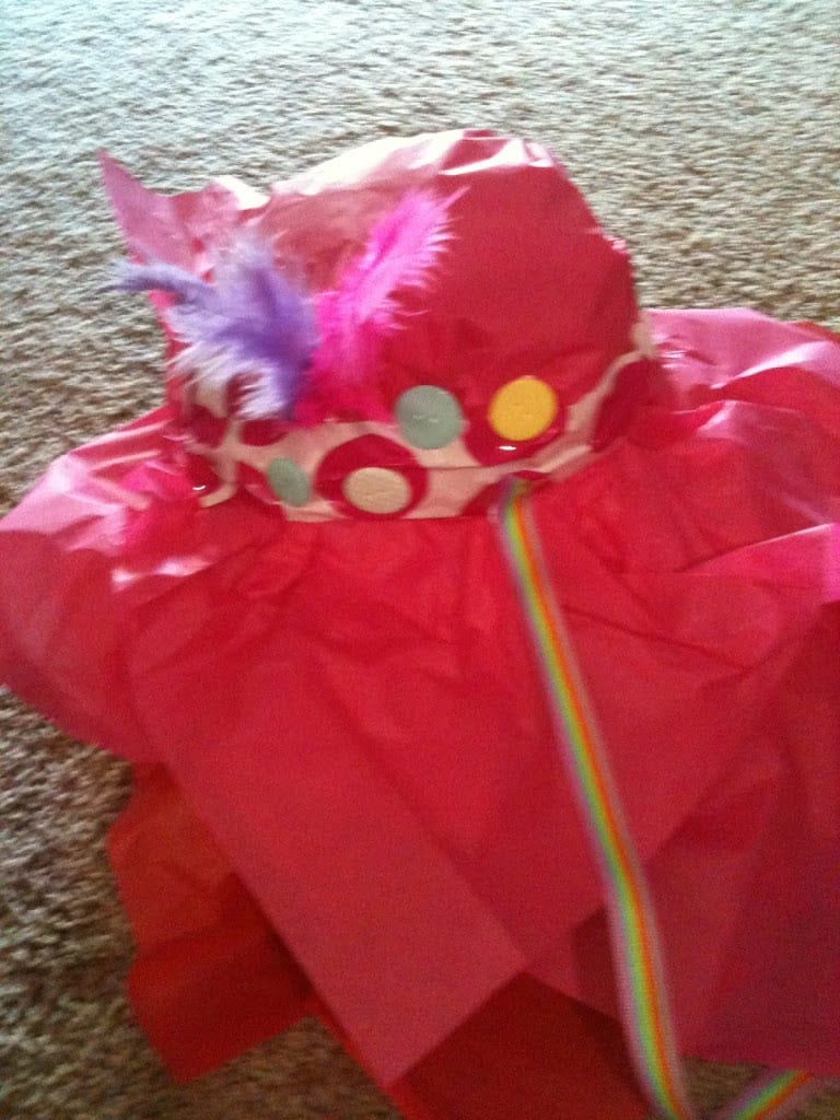 how to make a paper tea party hat