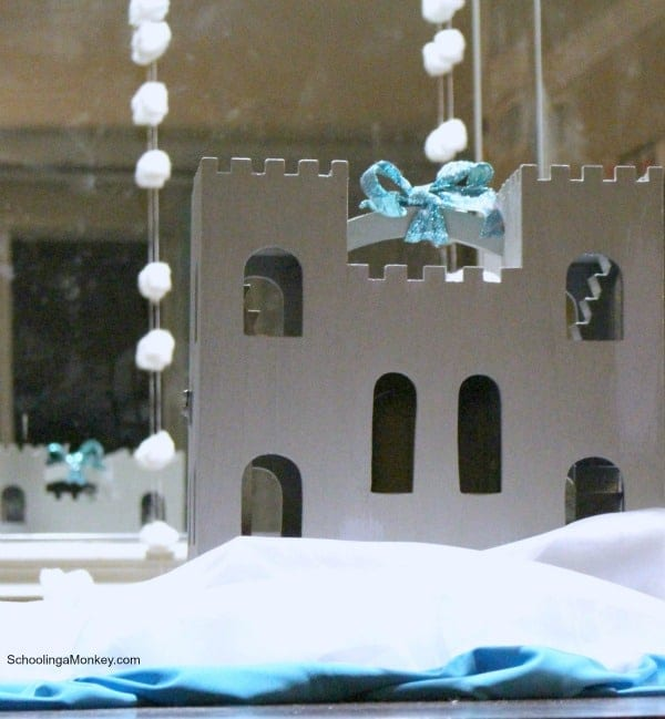 Love Frozen and ice? Then you will love this Frozen party theme. This simple guide for Frozen party decorations won't break your budget.