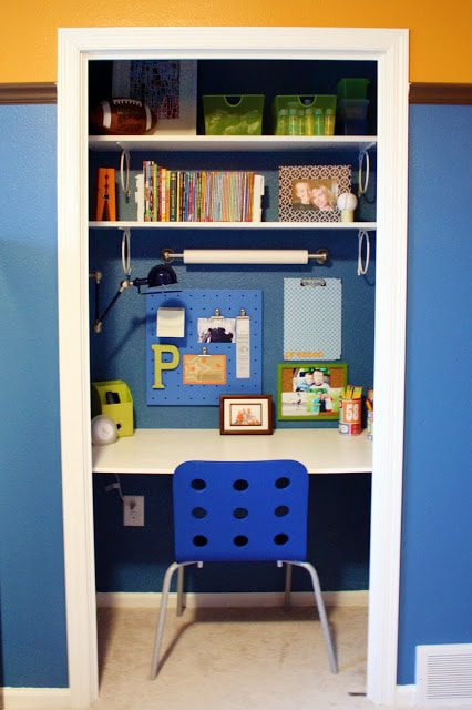 Building your homeschool room is one of the most important parts of homeschool organization. Kids with ADHD have special homeschool room needs listed here.
