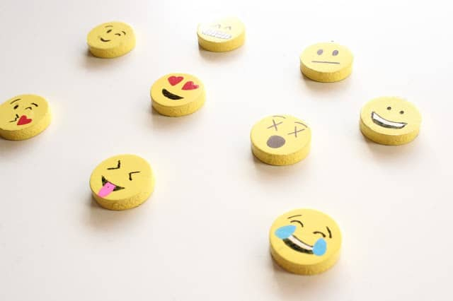 diy emoji projects