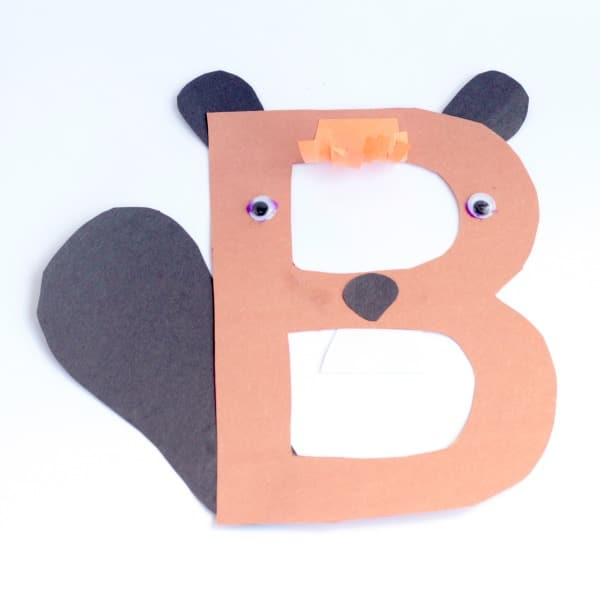 The B is for beaver letter craft introduces the concept of the alphabet and letter sounds. This fun alphabet craft makes the perfect kindergarten activity!
