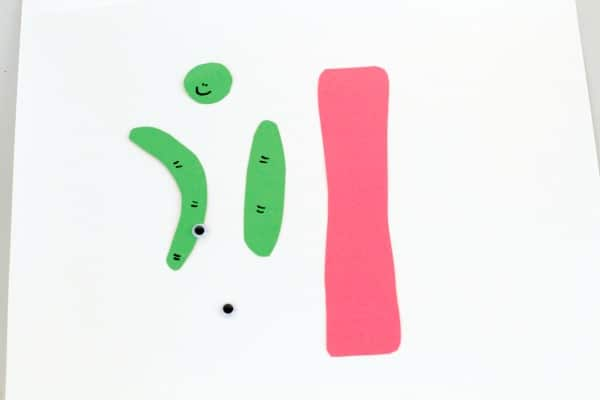 Kids will love transforming this letter I into an inchworm craft. The cute little inchworm is adorable and is the perfect alphabet craft for kindergarten!