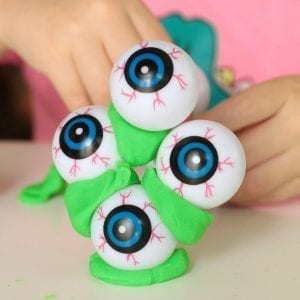 Make Science Fun with the Eyeball Structure STEM Challenge