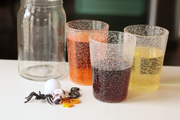Halloween science experiments and Halloween STEM activities are super fun! This Halloween density jar is a simple science experiment kids will love!