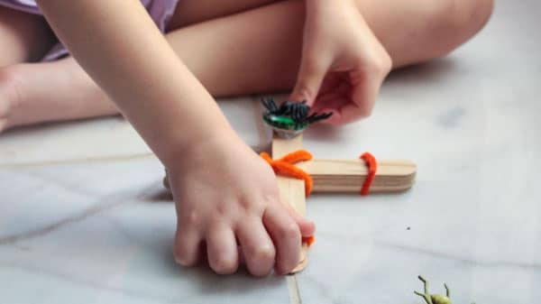 Want a quick Halloween STEM activity that won't break the bank? Try making a creepy crawly Halloween catapult! So many ways to learn and very little set-up.