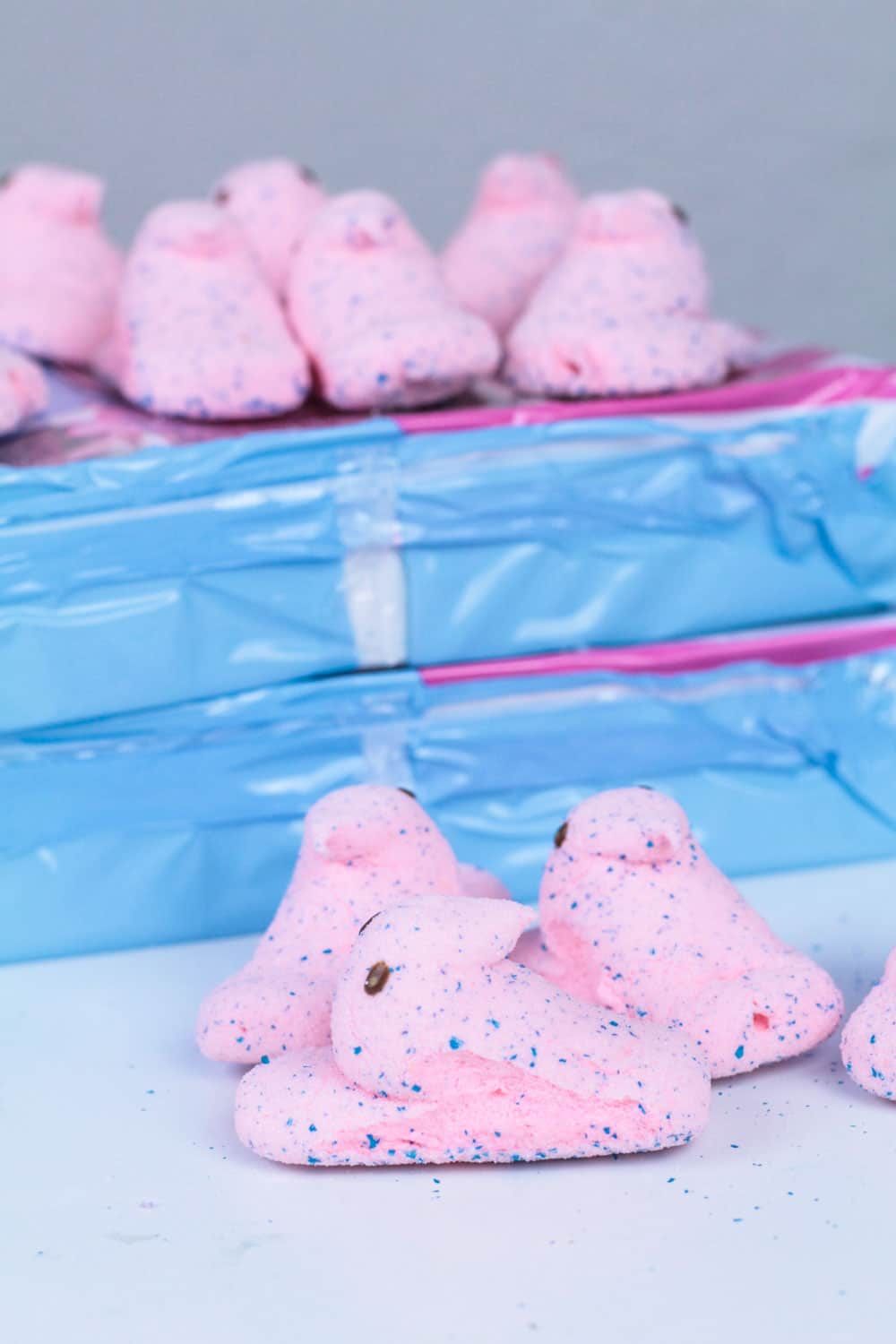 Love Peeps? Love slime? Make this edible Peeps slime recipe for Easter! This recipe for Peeps slime is the perfect Easter slime recipe and makes the perfect edible slime recipe that is a borax free slime and safe for all ages!