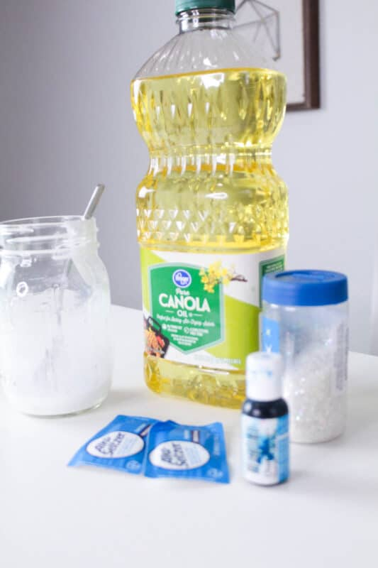 supplies for snowstorm in a jar science experiment